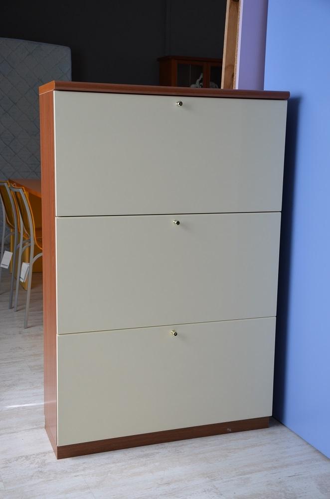 Scarpiera color bianco panna ciliegio scontata 50 - Porte color ciliegio ...