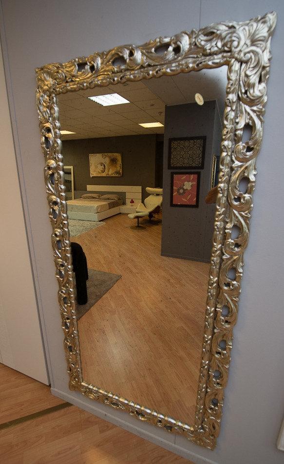 Specchio con cornice argento complementi a prezzi scontati - Specchio con cornice argento ...