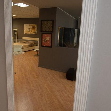 Specchio cornice bianco lucido complementi a prezzi scontati for Specchio da parete bianco lucido