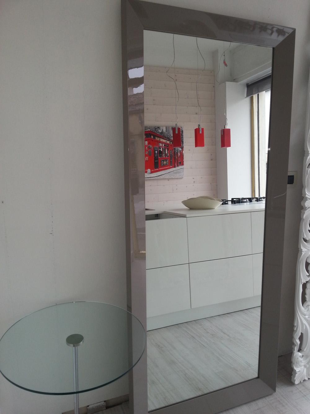 complemento specchio design laccato lucido specchi