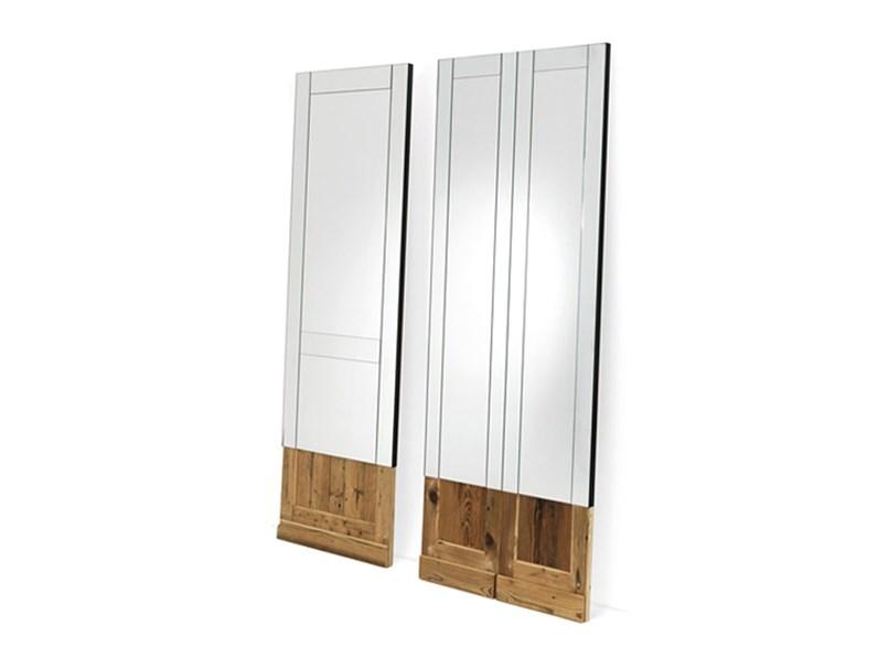 Specchio da parete o appoggio mogg don 39 t open in legno a prezzo ribassato - Specchio da appoggio ...