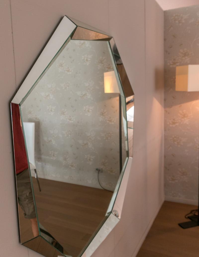 Specchio di cattelan italia modello emerald scontato del 20 complementi a prezzi scontati - Specchio diamond riflessi prezzo ...
