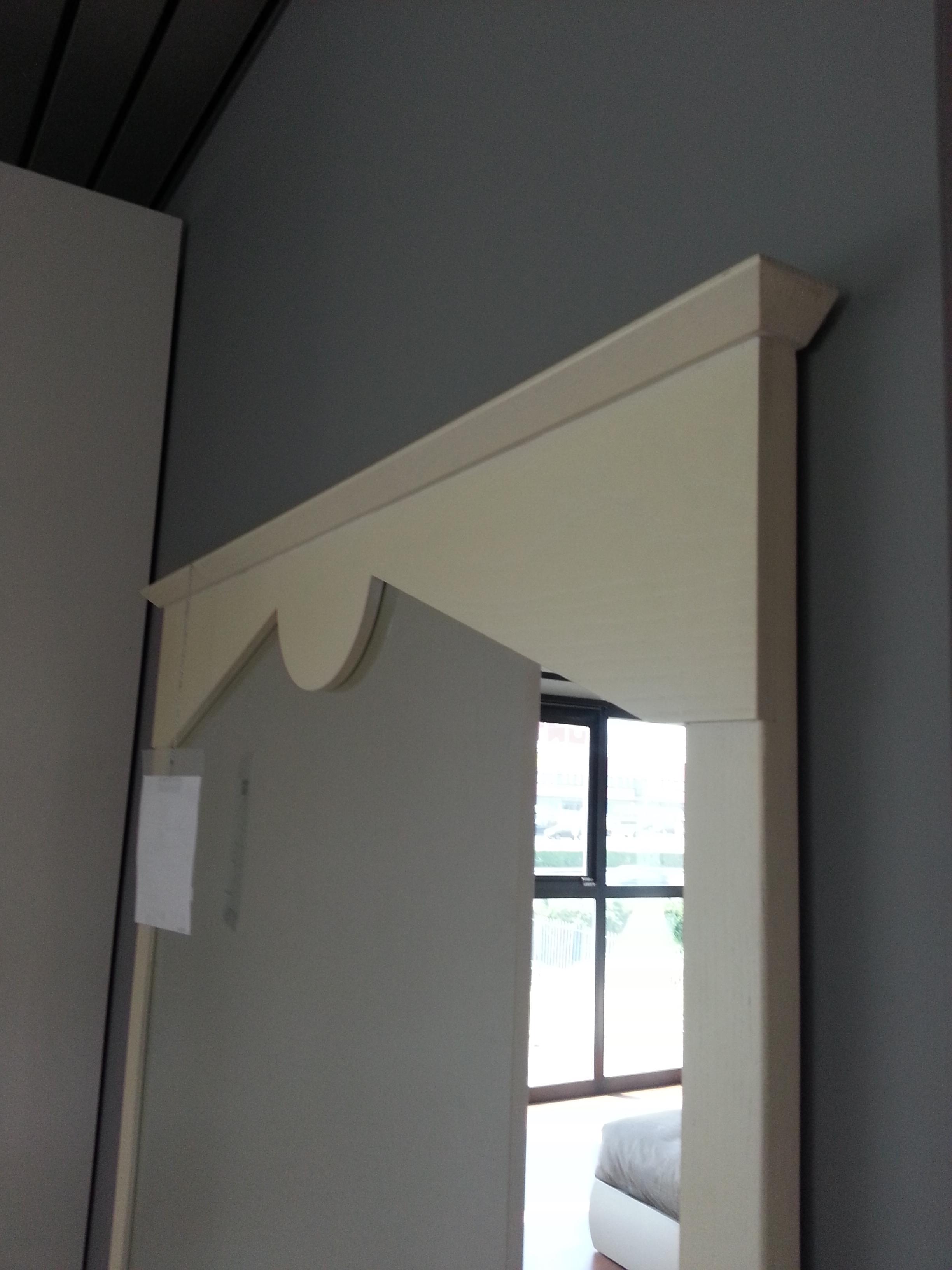 Specchio in legno laccato complementi a prezzi scontati - Quadri a specchio moderni ...