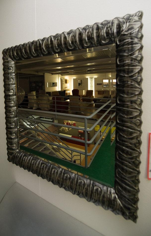 Specchio nero argento complementi a prezzi scontati for Specchio argento moderno