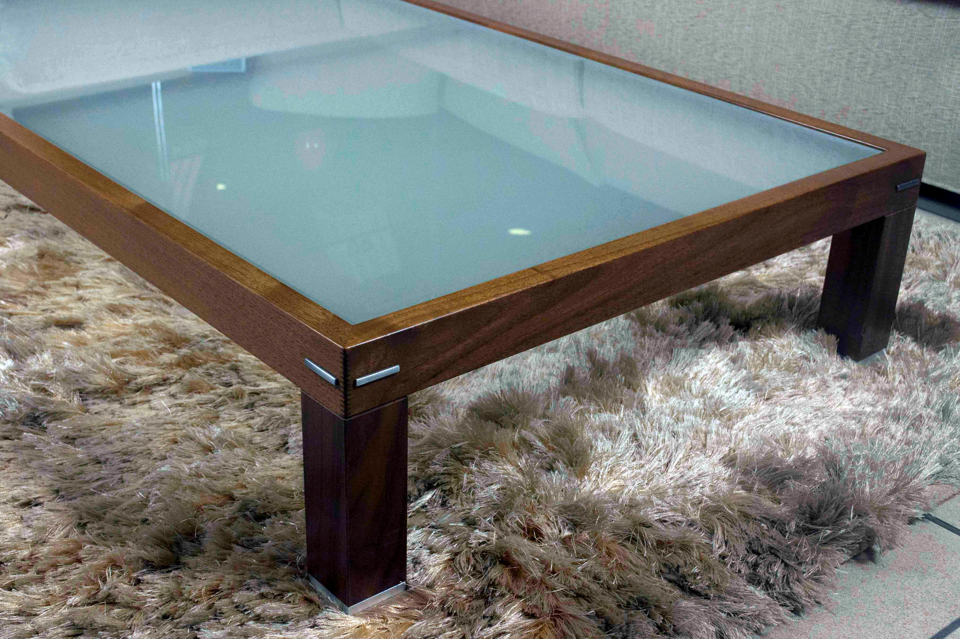 Tavolino da salotto doimo in legno e vetro scontato for Tavolini vetro