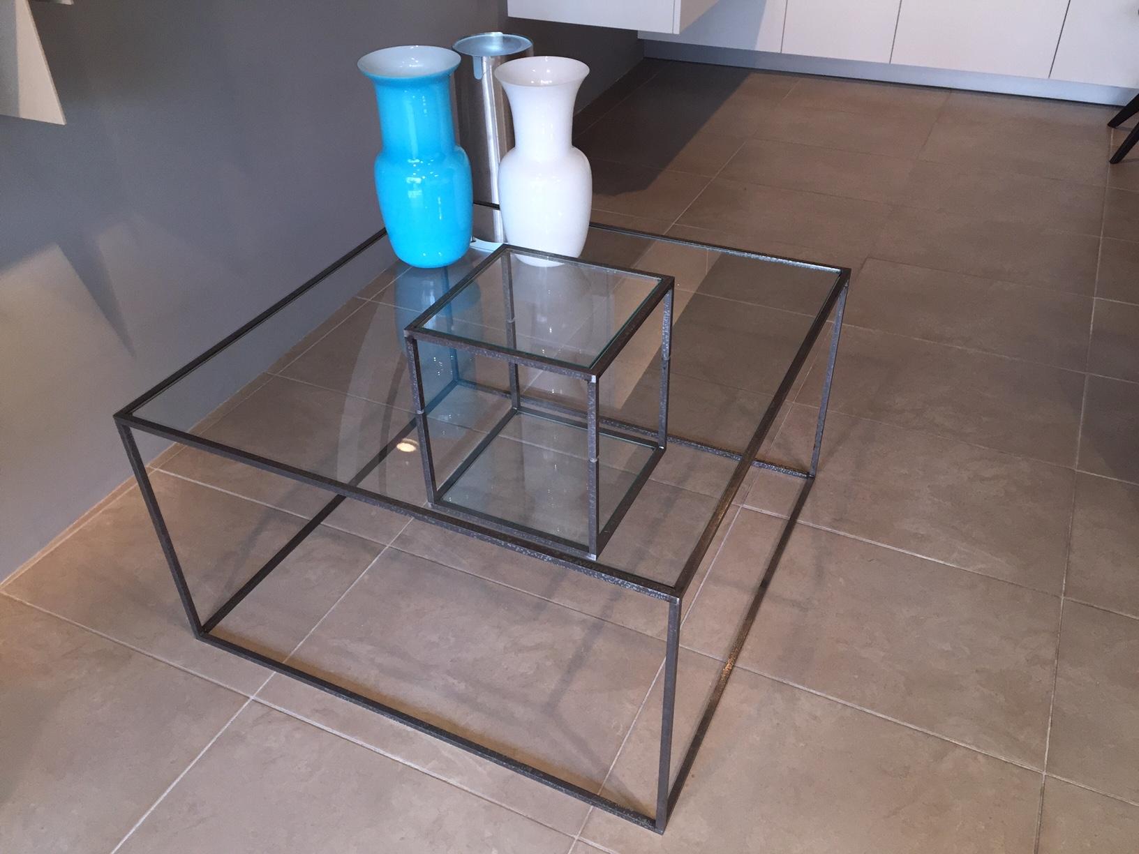 Tavolini da salotto mogg in sconto complementi a prezzi for Tavolini da ufficio