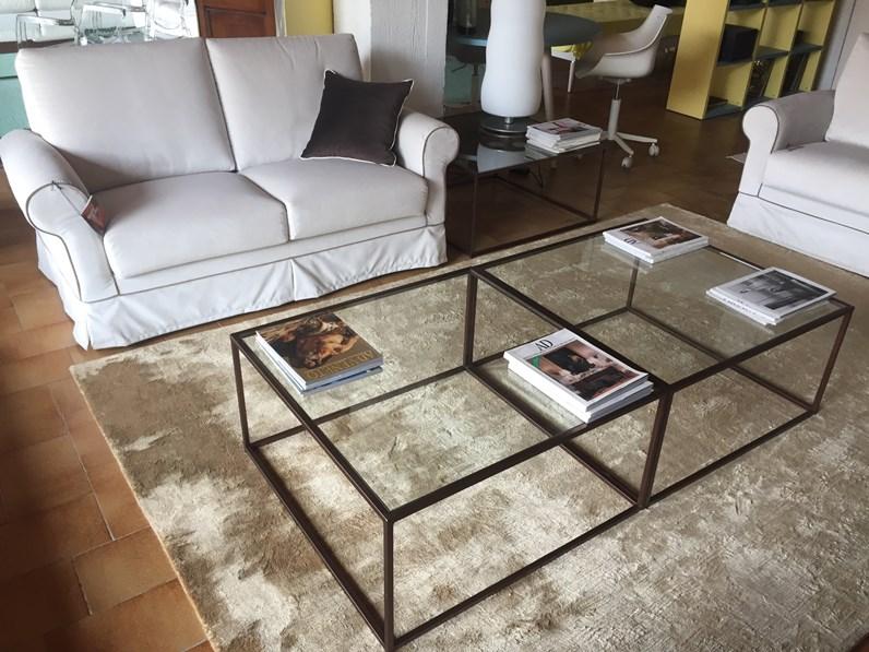 Tavolino in stile design in altro artigianale oxford for La stanza degli armadi