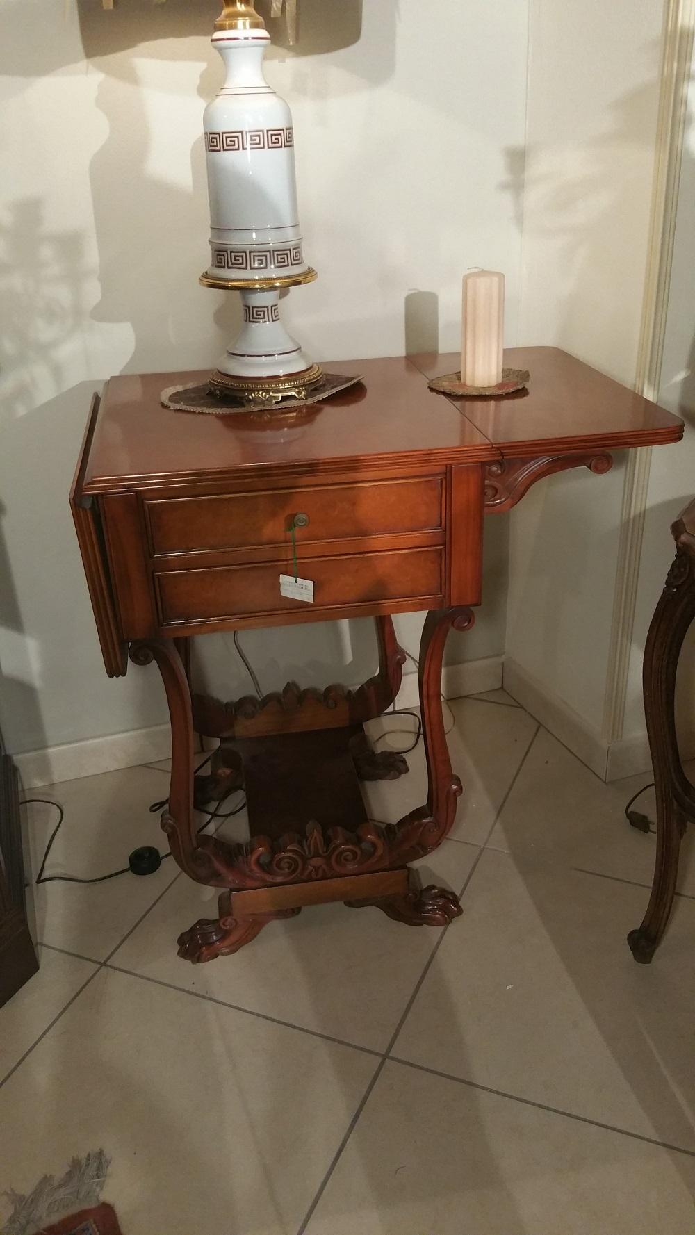 tavolino servant in radica di mirto stile inglese scontato del 50 ...