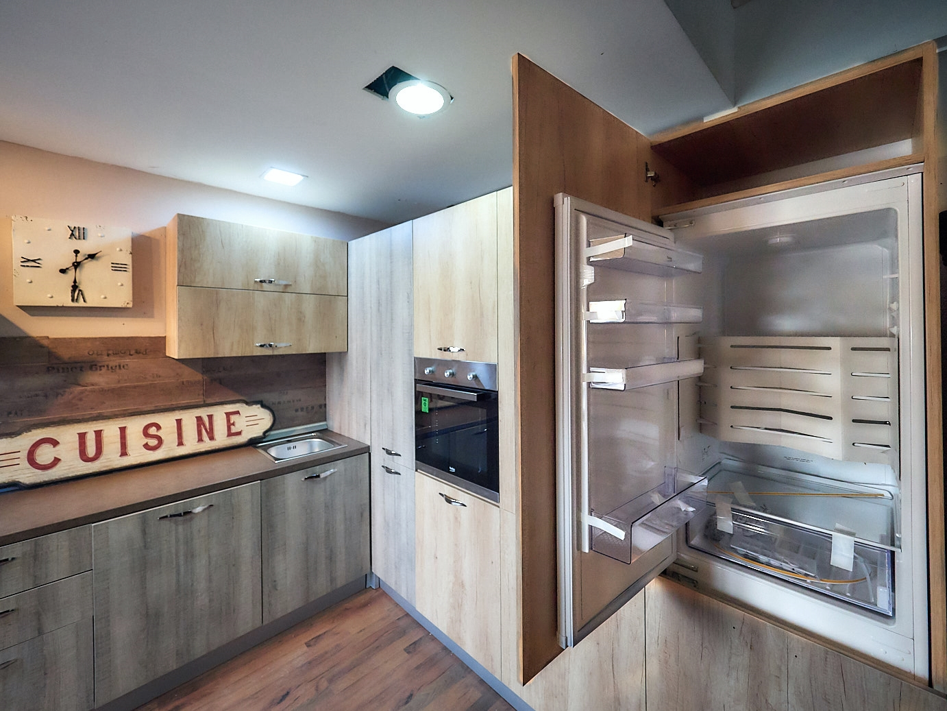 Beautiful Cucine Con Dispensa Contemporary - Brentwoodseasidecabins ...