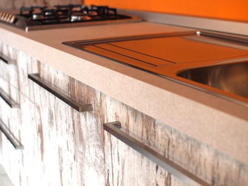 Cucina lineare tranche 39 legno e seta brown for Cucina in stile ranch