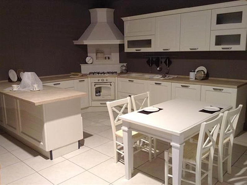 https://www.outletarredamento.it/img/cucine/-cucina-lube-mod-claudia_N1_10862.jpg