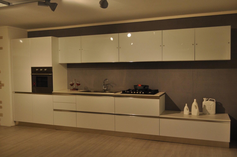 Cucine Moderne Lineari 4 Metri ~ Idee per il design della casa