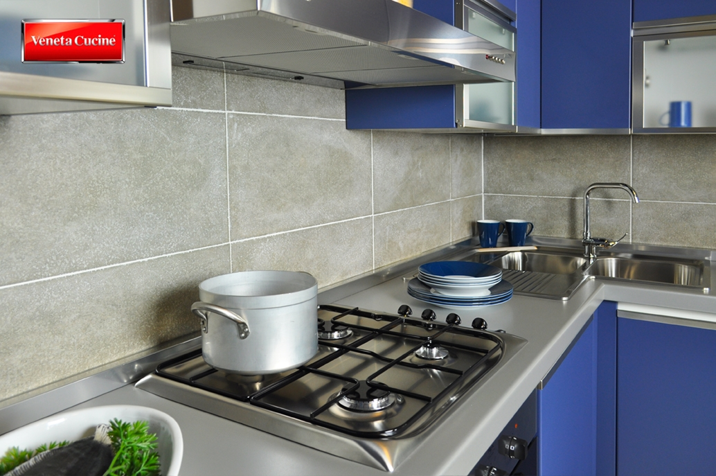 Cetrin.com  Cucine Moderne Bianche E Acciaio
