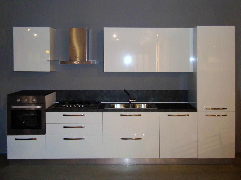 Promo cucina moderna lucida cucine a prezzi scontati for Cucina moderna bianca lucida