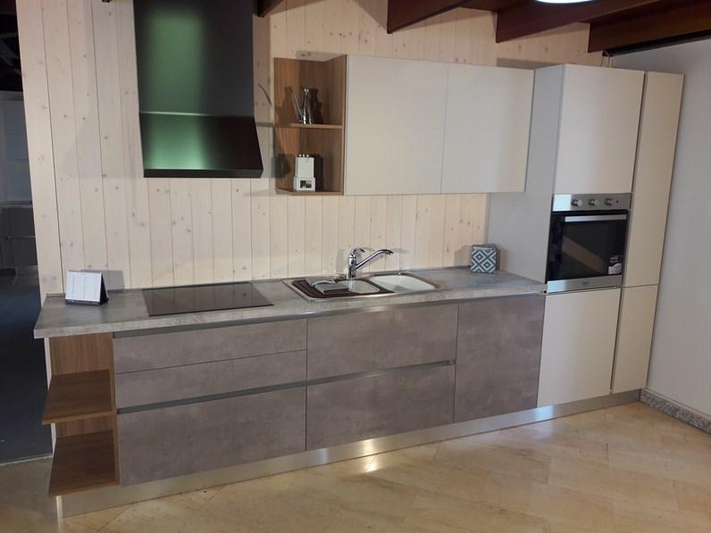 Cucina lineare gm cucine modello 22 completa di - Cucine in cemento ...