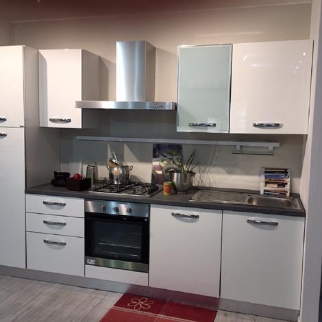 Ar tre cucine cucina lussino polimerico lucido lineare - Ar tre cucine prezzi ...