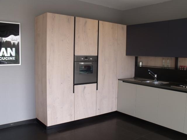 Aran cucine cucina lab13 design legno rovere chiaro - Cucine in legno chiaro ...