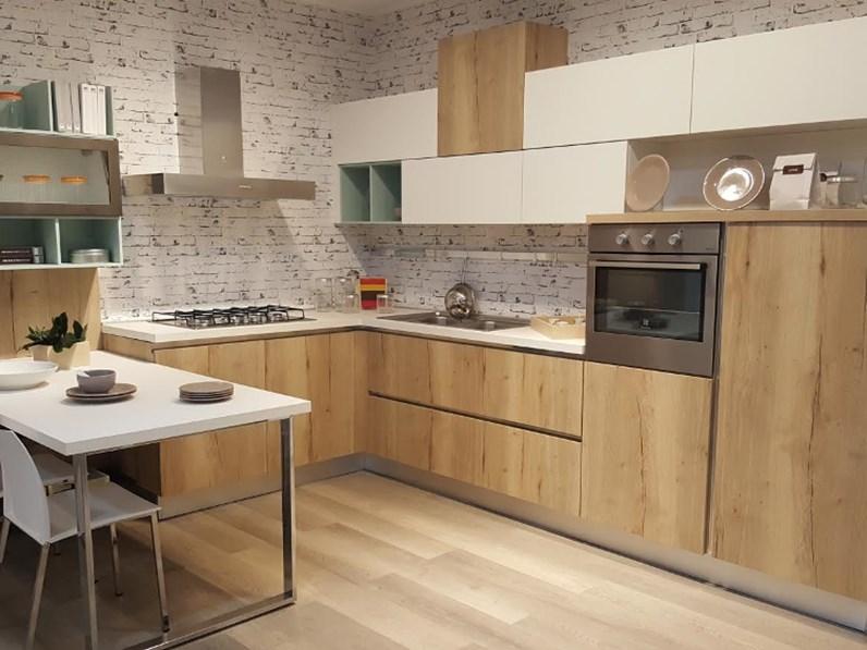 Arredamenti chianese cucina lube creo kitchens modello kyra sconto 54 - Creo cucine lube ...