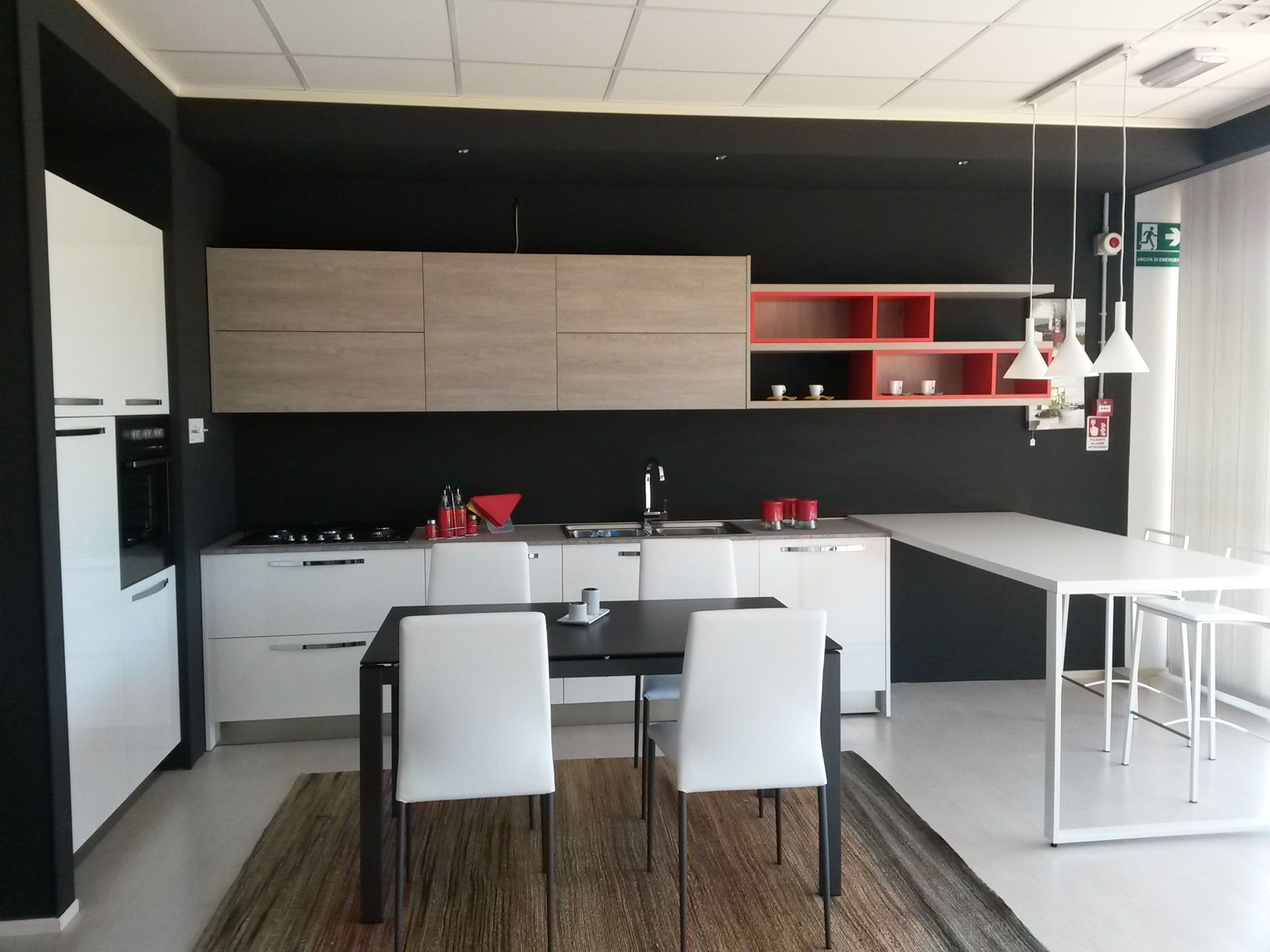 Beautiful Mobile Angolo Cucina Pictures - House Interior ...
