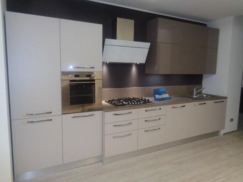 Arrital cucine cucina cucina mod ak01 arrital cucine laminato tortora e polimerico lucido - Cucine arrital prezzi ...