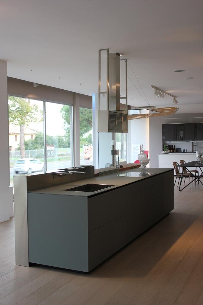 Cucina valcucine artematica vetro design vetro cucine a for Valcucine prezzi