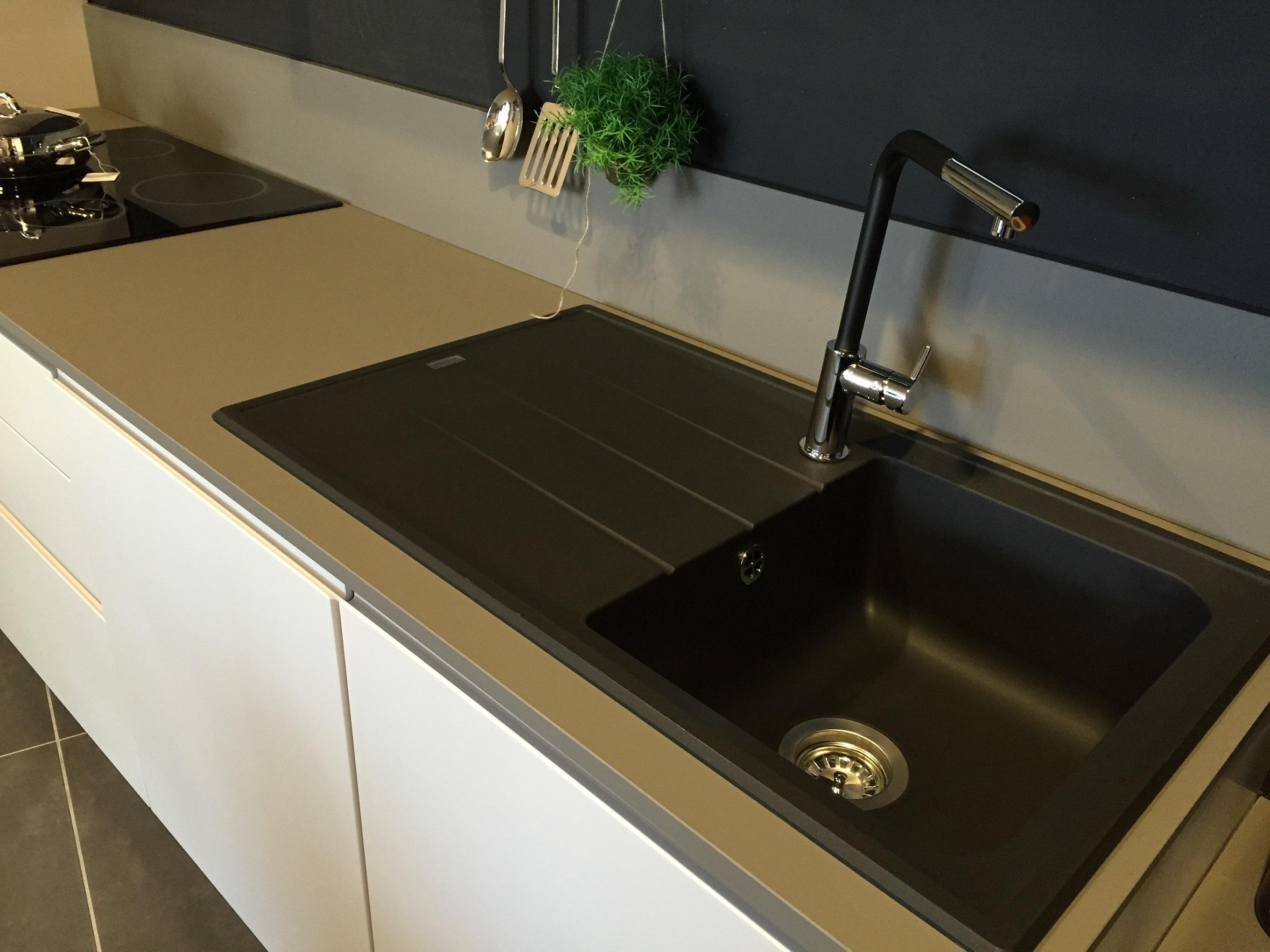 Artre cucina flo moderna laccato opaco cucine a prezzi - Lavello cucina resina ...
