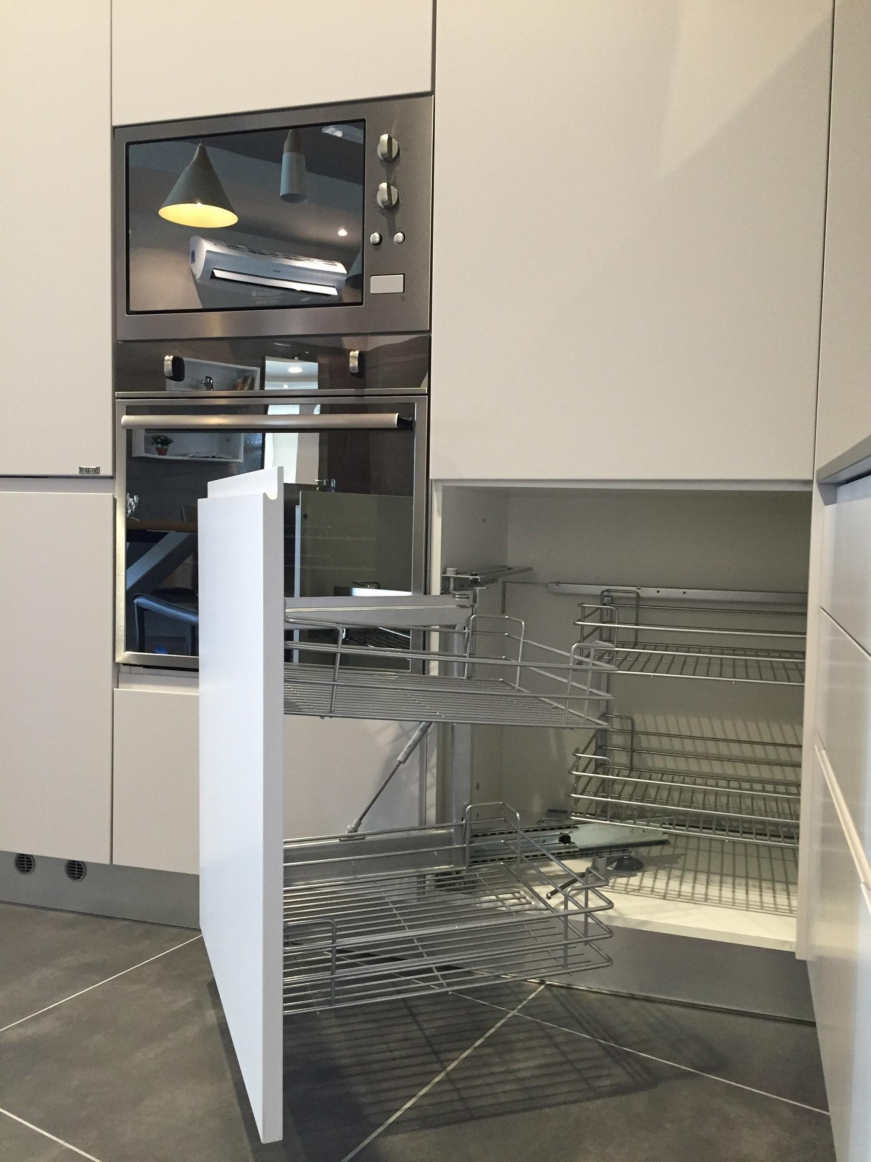 Artre cucina flo moderna laccato opaco cucine a prezzi for Cucina angolare moderna prezzi