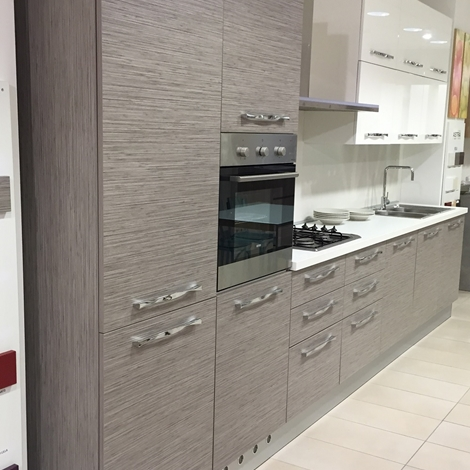 Astra cucine cucina iride scontato del 40 cucine a prezzi scontati - Astra cucine prezzi ...