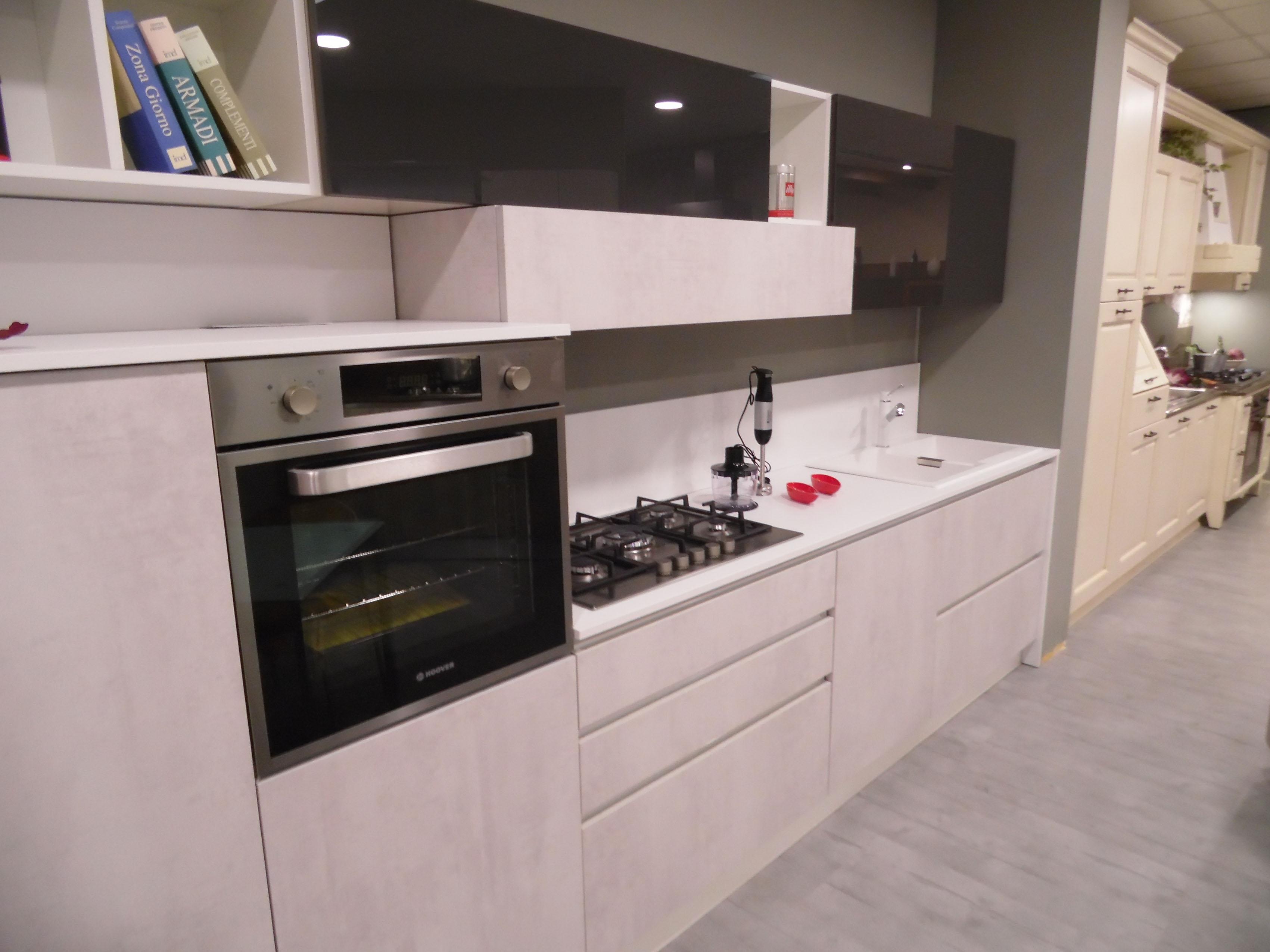 Astra Cucine Cucina Sp 22 tecnomalta - laminato effetto cemento scontato del ...