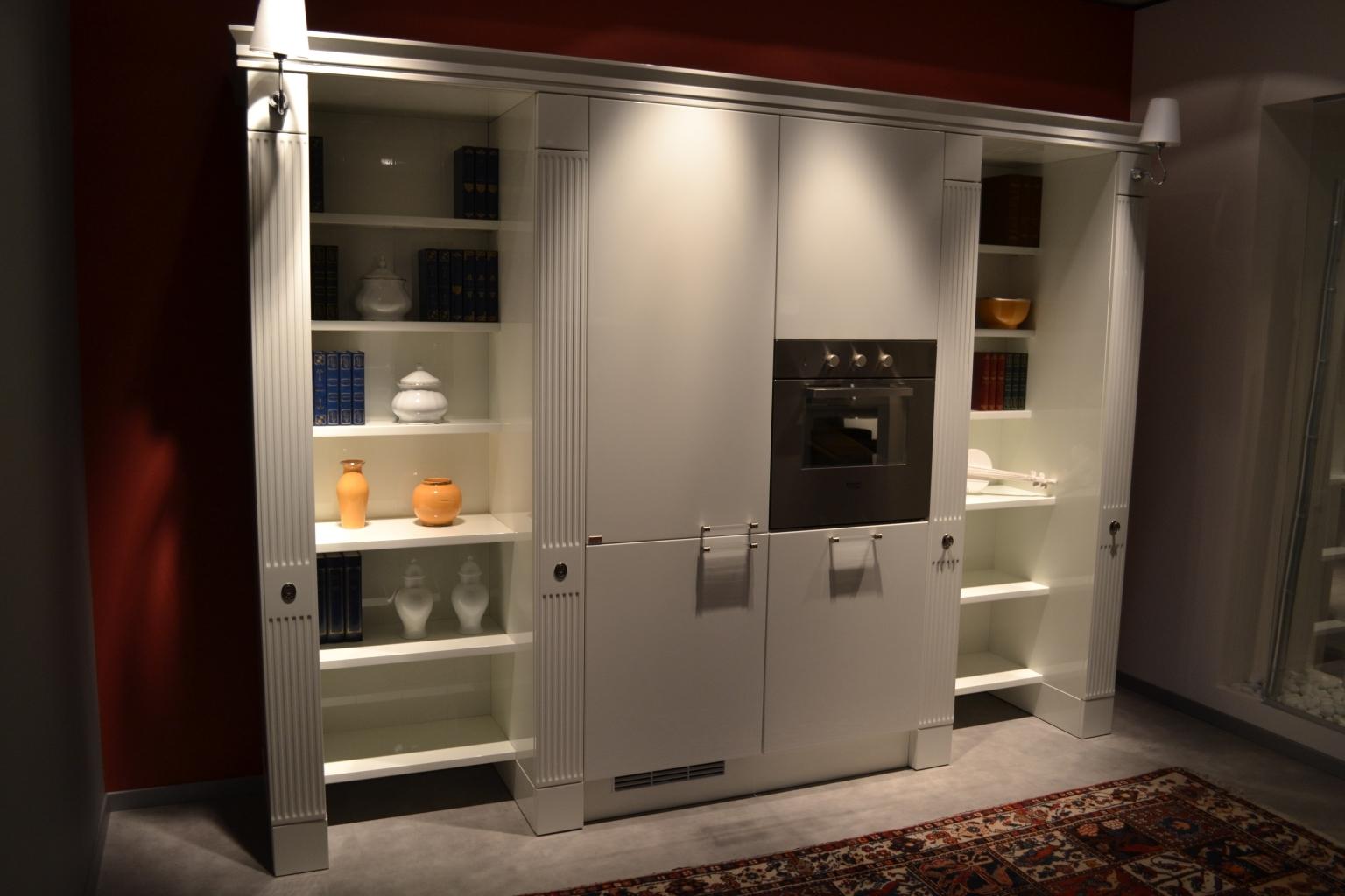 Cucina Con Quarzo Nero : venduto cucina laccata lucida bianco con top ...
