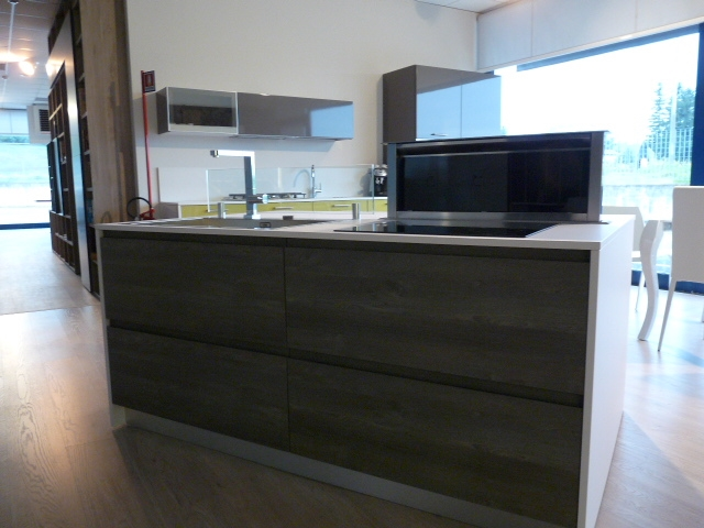 Cucina A Scomparsa Con Isola Petra Tm Italia Cucine Pictures to pin on ...