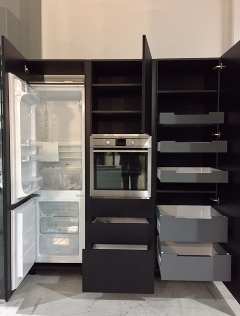 colonne attrezzate per cucina miton cucine di design modello mt 210 finitura materiale