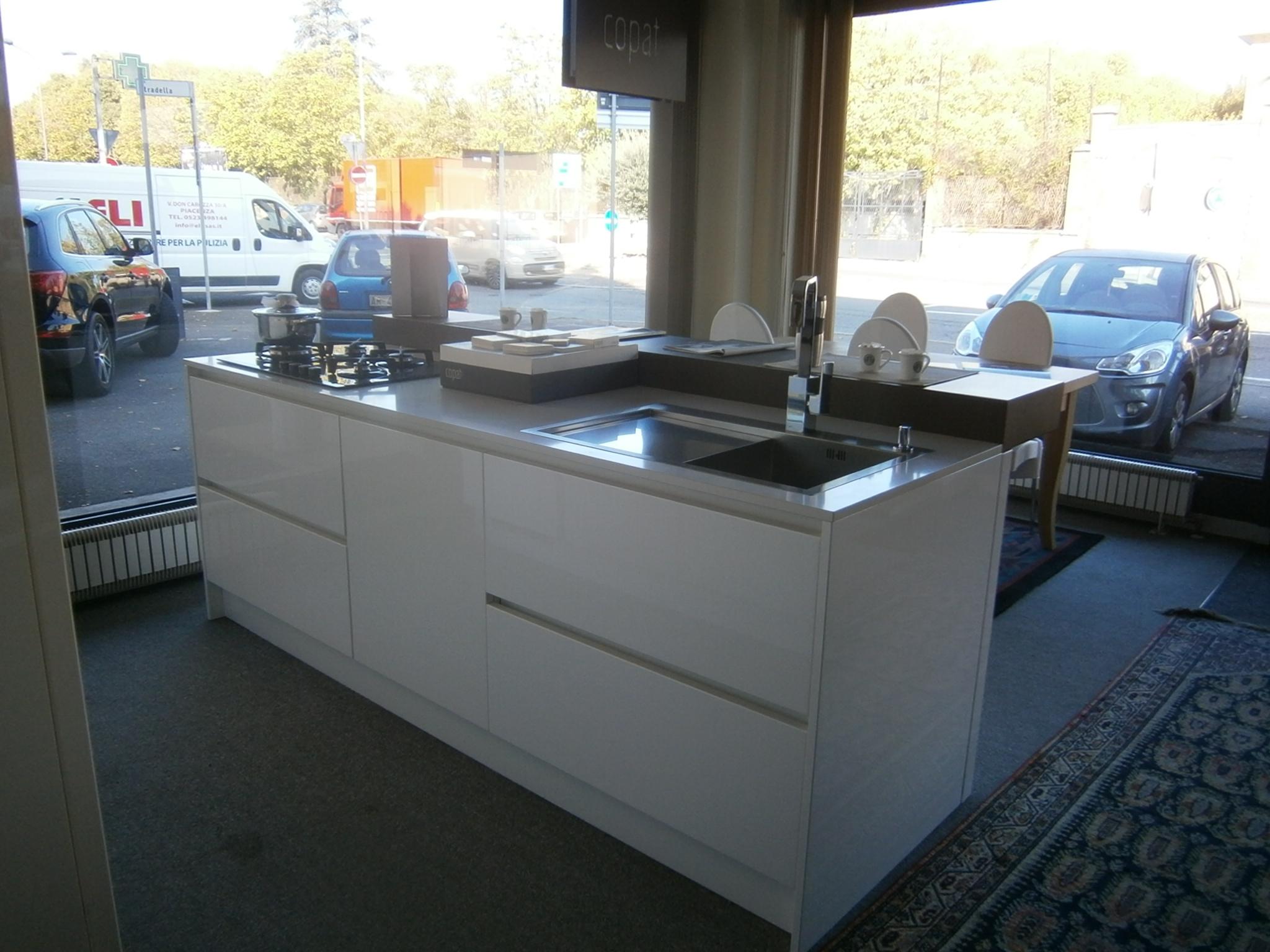 Copat cucina salina laccato bianco luciudo cucine a prezzi scontati - Cucina laccato bianco ...