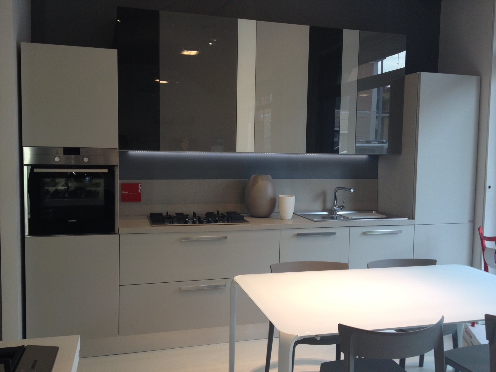 Beautiful Altezza Pensili Cucina Pictures - Idee Arredamento Casa ...