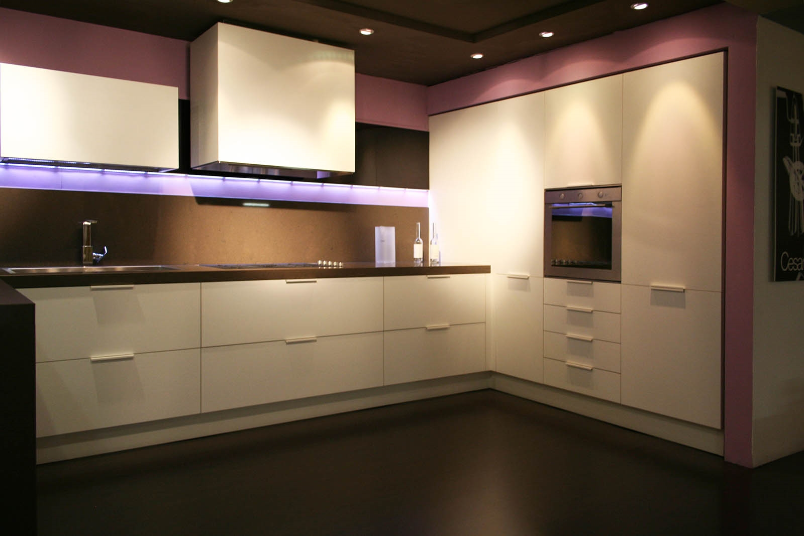 Cucina soggiorno cesar con penisola e piano quarzo - Cucine con soggiorno ...