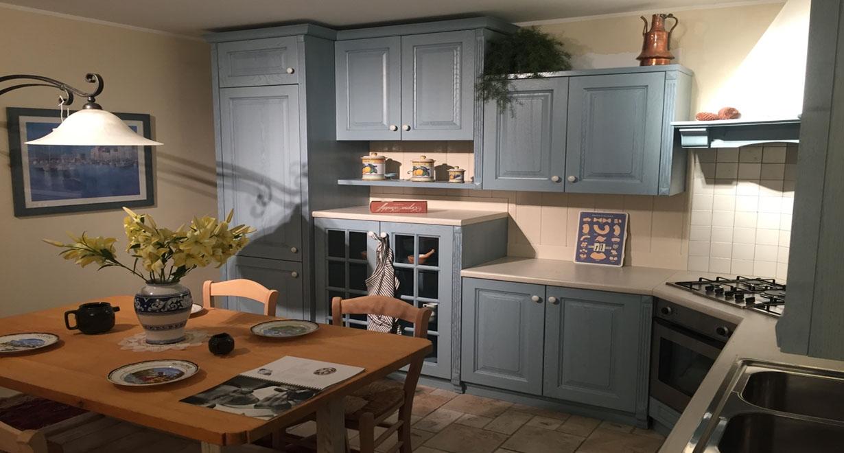 Cucina ad angolo arrex modello monica decapata azzurra for Cucina azzurra