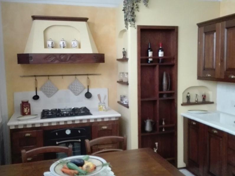 Cucina ad angolo casale copat cucine con uno sconto del 56 for Cucine ad angolo mercatone uno