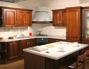 Cucina ad angolo classica Madeleine Scavolini a prezzo ribassato