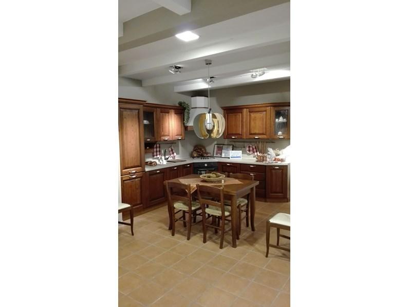 Cucina ad angolo classica panera forma 2000 a prezzo ribassato for Gili arredamenti
