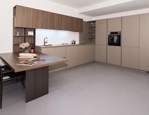 Cucina ad angolo design Lain in gola Euromobil a prezzo ribassato