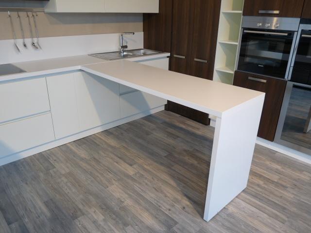 Cucine Moderne Con Piano Cottura Ad Angolo: Cucine ad angolo moderne la libert e lo spazio.
