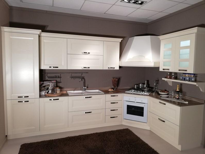 Cucina ad angolo gioiosa arredo3 con uno sconto del 46 - Cucina con piano cottura ad angolo ...
