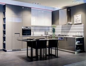 Cucina ad angolo in laccato lucido grigio Carre a prezzo ribassato