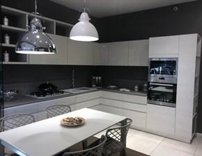 Cucina ad angolo in laccato lucido tortora Motus a prezzo ribassato