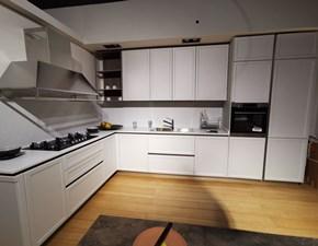 Cucina ad angolo in laccato opaco bianca Frame a prezzo scontato