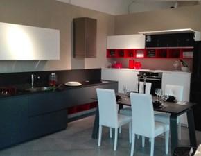 Cucina ad angolo in laccato opaco grigio Kyton a prezzo ribassato
