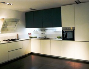Cucina ad angolo in laminato opaco bianca Copatlife 2.1 anta maniglia board a prezzo ribassato