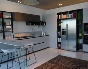 Cucina ad angolo in laminato opaco grigio Delinea a prezzo scontato
