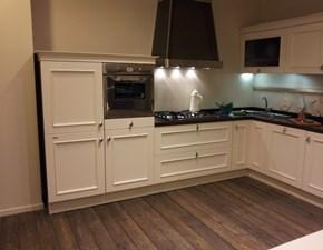Cucina ad angolo in legno bianca Romantica laccata liscia a prezzo ribassato