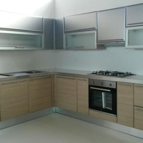 outlet Cucina ad angolo moderna Maior Cucine scontata del 68%